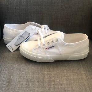 NWT Superga White Canvas Sneakers